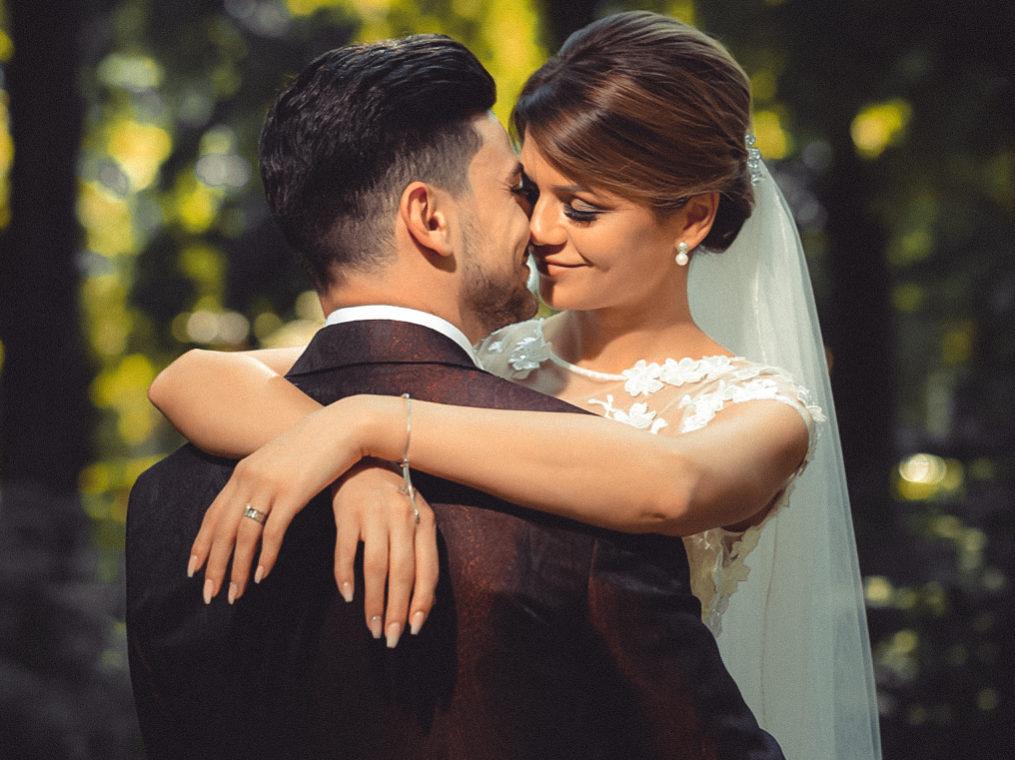 поцелуй в день свадьбы