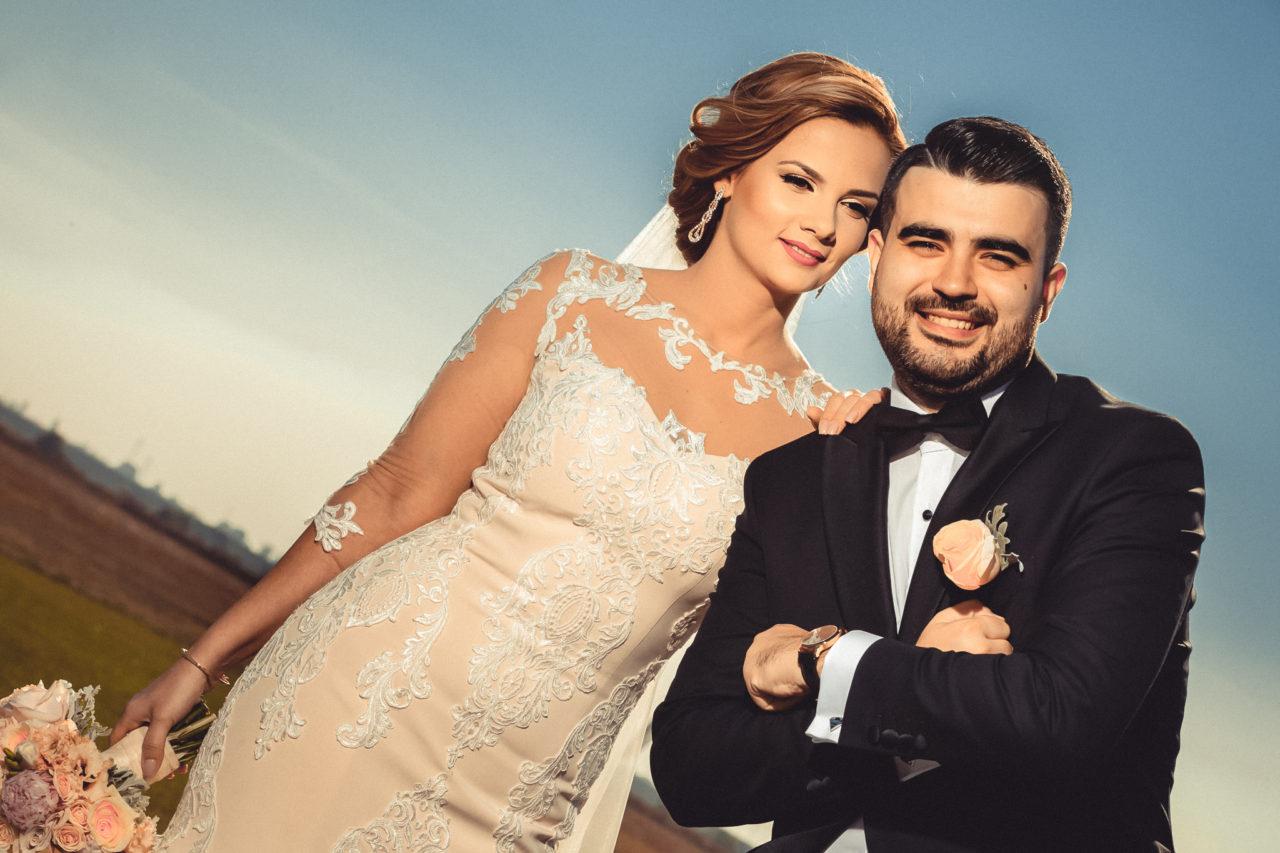 свадебный портрет молодожен